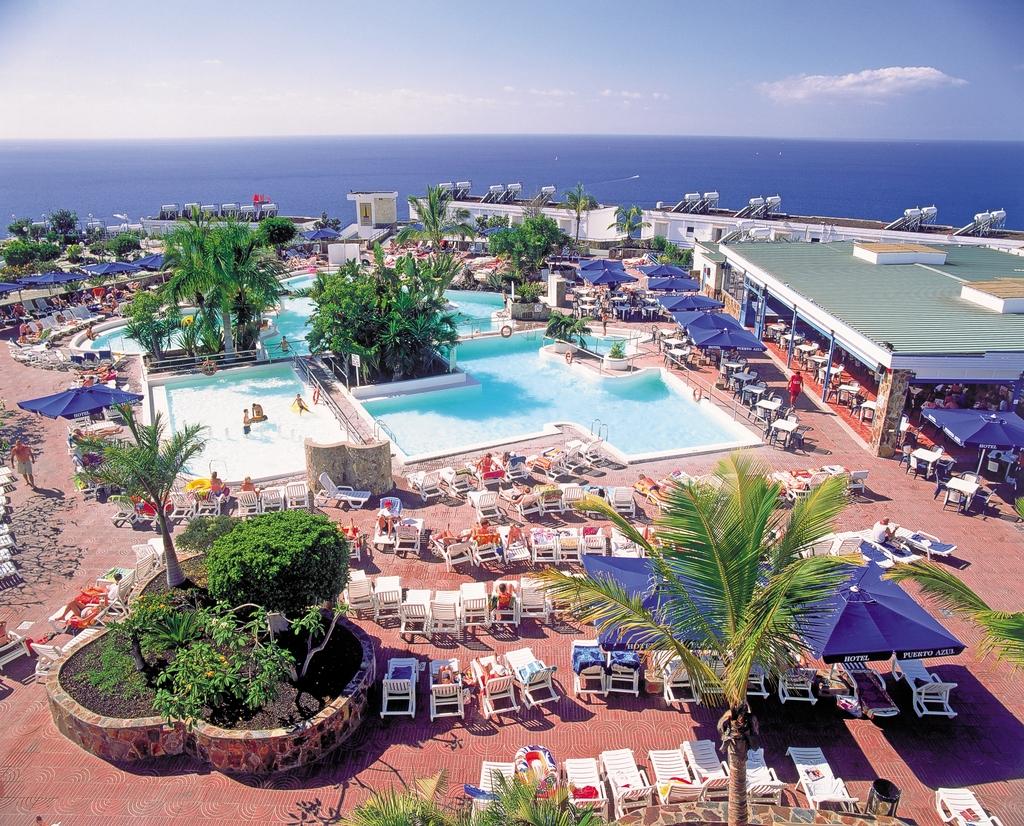 Hotel servatur puerto azul mog n espa a - Servatur puerto azul hotel ...