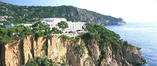 Hotel parador de aiguablava begur espagne - Aiguablava piscina natural ...