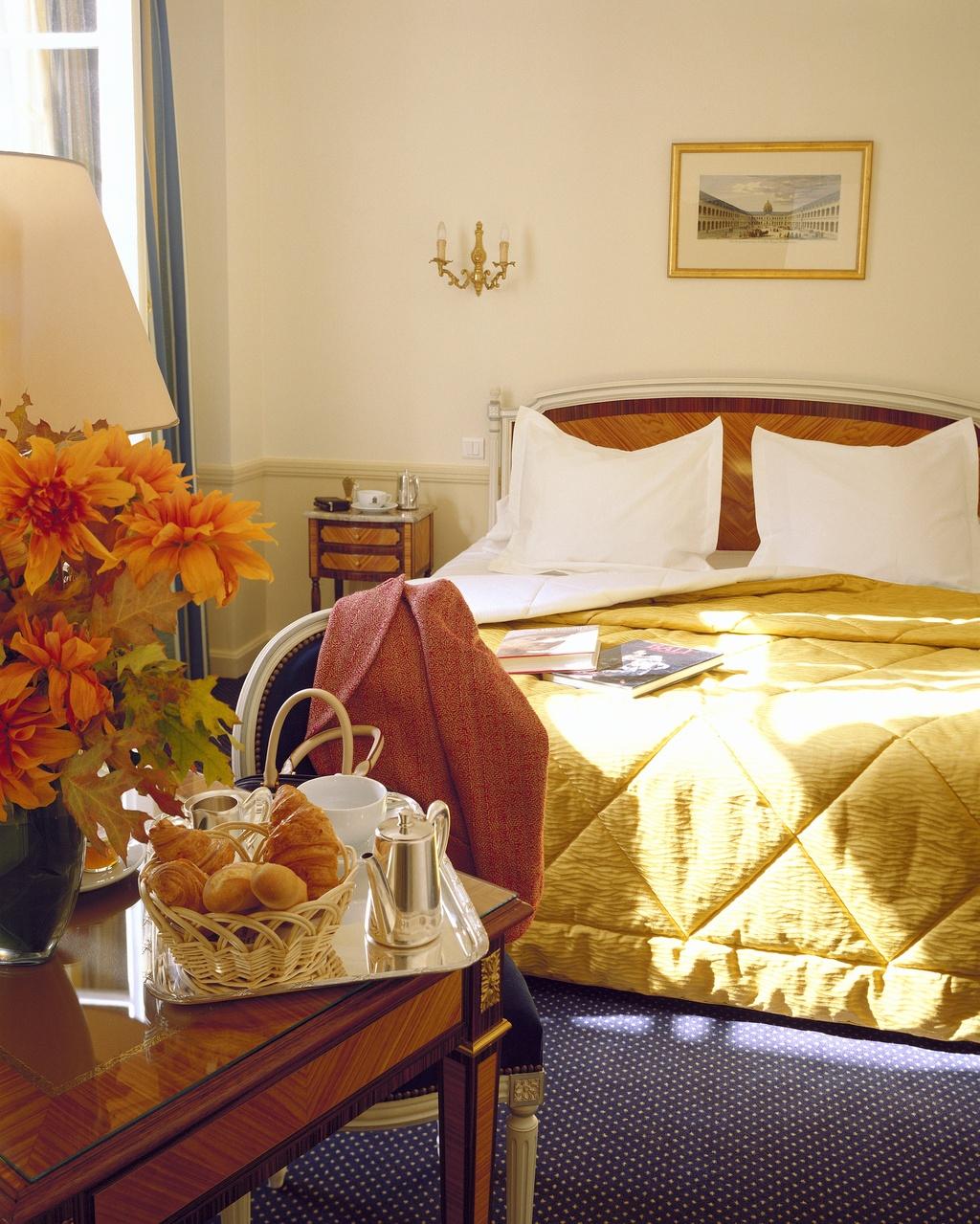 hotel de su de saint germain paris 7e arrondissement frankreich. Black Bedroom Furniture Sets. Home Design Ideas