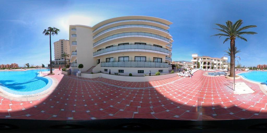 hotel puente real: