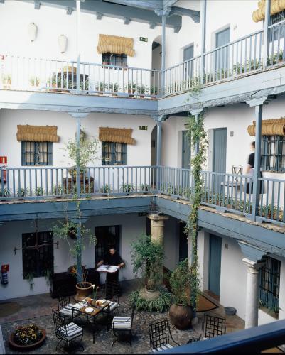 Hotel hospes las casas del rey de baeza seville spain - Las casa del rey de baeza ...