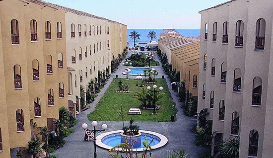 aparthotel jardines del plaza pe scola spain
