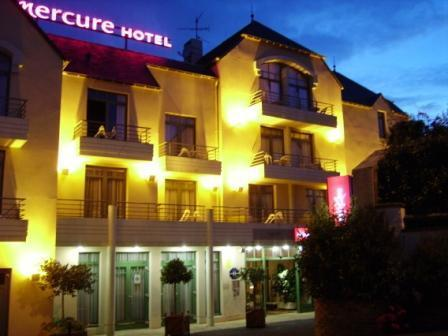 Hotel mercure granville le grand large granville france for Hotels granville