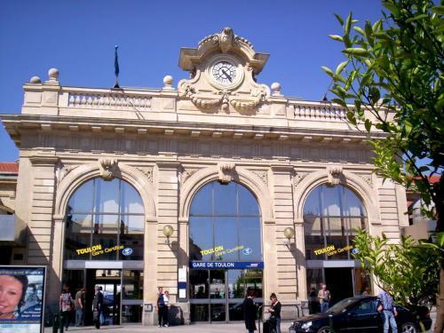 Hotel Proche De La Gare De Toulon