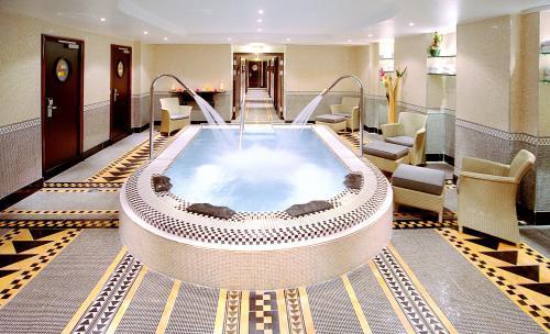 Hotel de sexo en Paris hilton