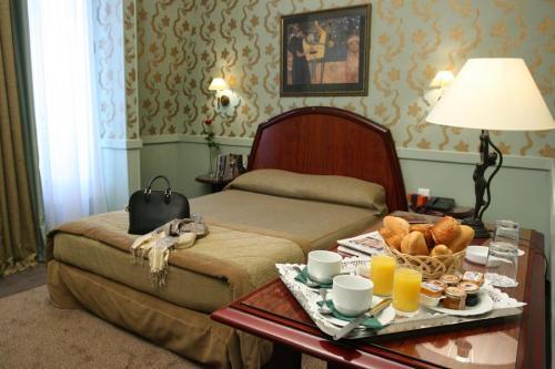 Hotel Elysee Ceramic Paris