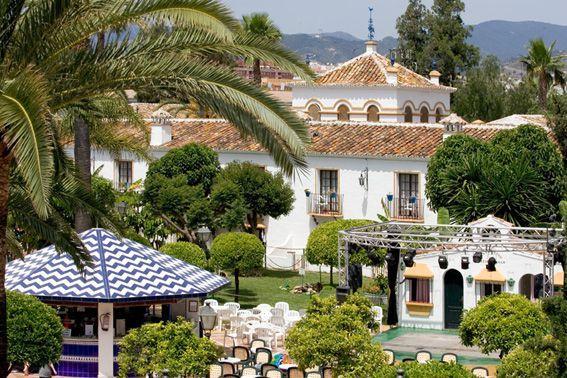 Hotel el cortijo blanco marbella spain for Blanco hotel