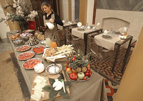 Hotel il convento dei fiori di seta bologna italy for Hotel dei commercianti bologna