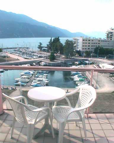 Hotel marina d 39 adelphia savoy france - Hotel aix les bains cauchemar en cuisine ...