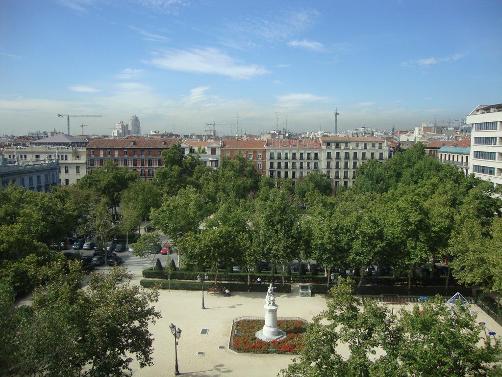 Aparthotel Centro Col N Madrid Espa A