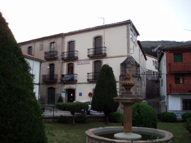 Hostel mart n ba os de montemayor espa a - Banos montemayor ...