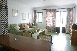 Room photo 3 from hotel Hotel Perla Marina