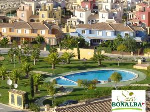 Apartment bonalba golf resort spa mutxamel espa a for Piscina bonalba