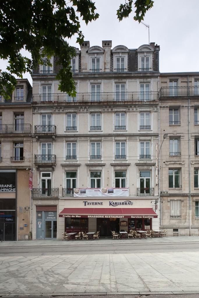 Hotel coeur de city hotel nancy stanislas nancy france for Hotels nancy