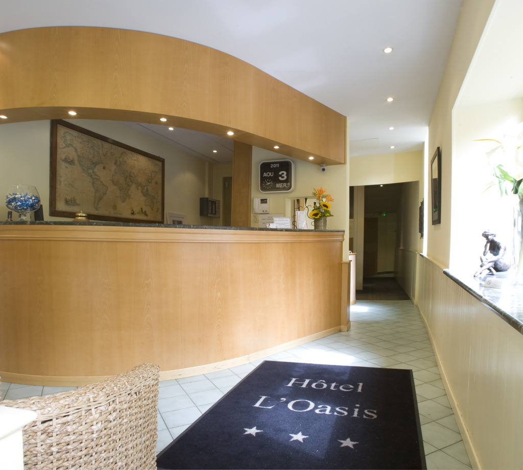 Book Hotel Oasis in Nice | Hotels.com